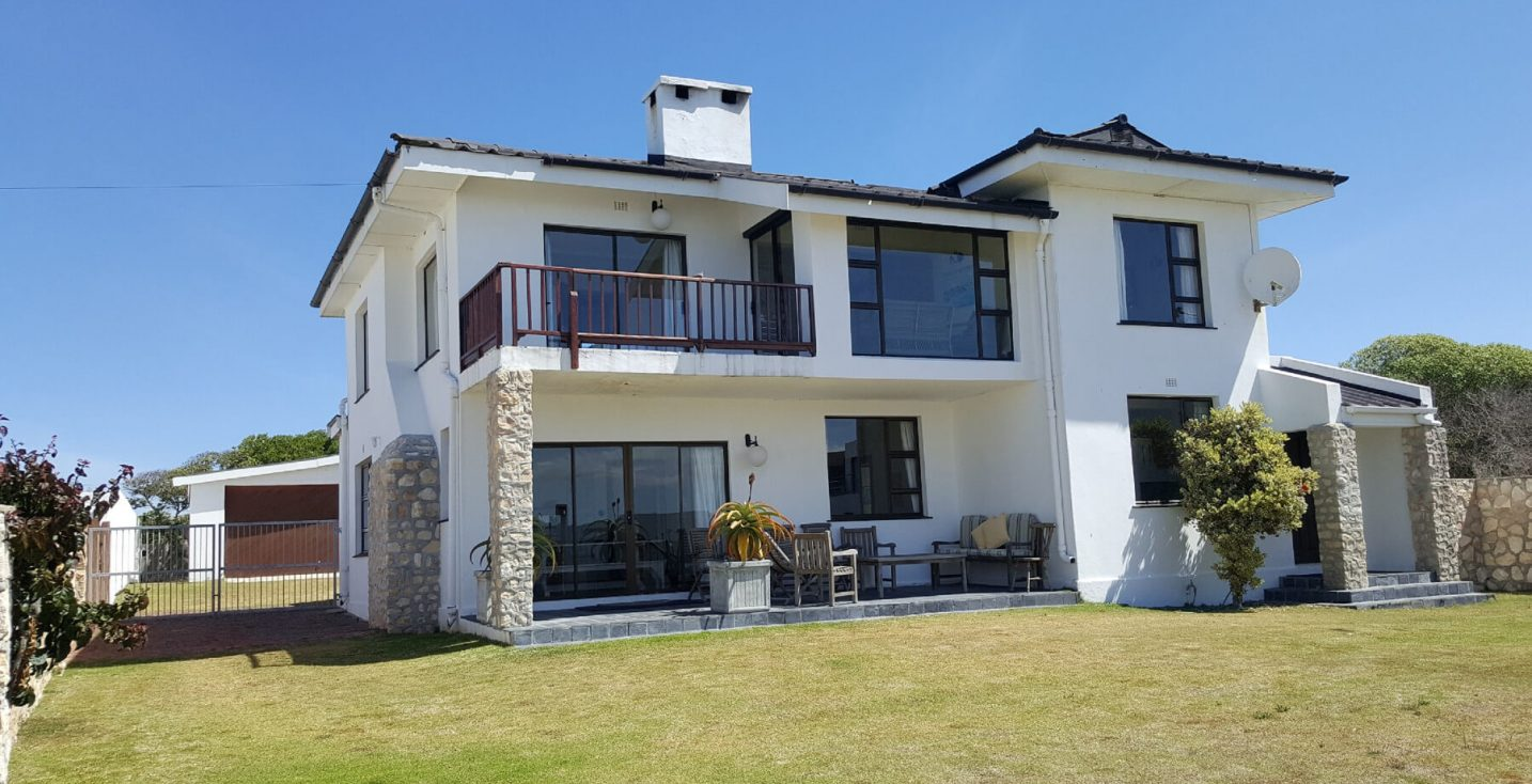 Arniston Holiday Accommodation Self-catering holiday homes - Arniston Letting Higgins House