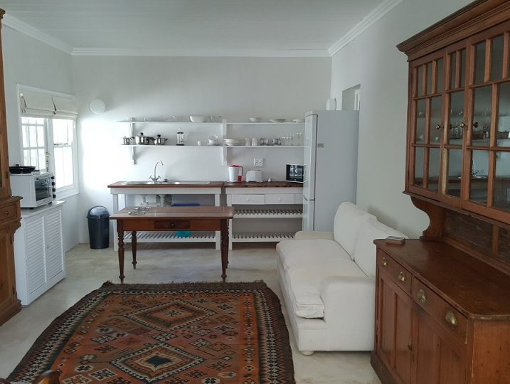 Arniston Holiday Accommodation Self-catering holiday homes - Arniston Letting Napier St - Bluebell